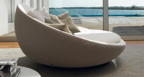 Désirée - divano modello Lacoon visto di fianco